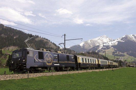 Cheese Train - koleją panoramiczna przez Szwajcarię